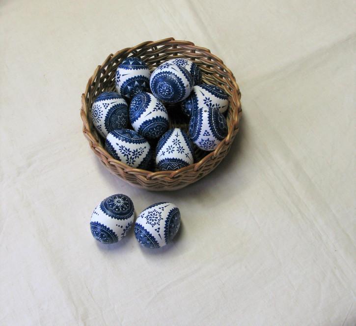 Nr. 30 Osterei (Mischtechnik blau-weiß) (L)