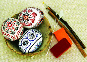 Postcard Eastereggs with wax